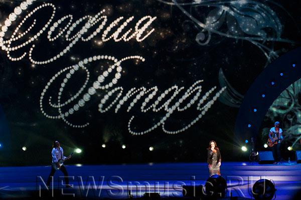 София Ротару подарила поклонникам премьеру песни.